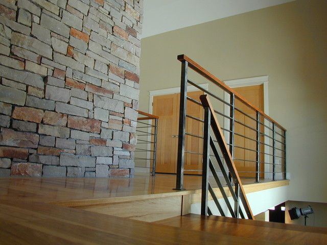 A Guide On Various Handrail Designs For Your Staircase